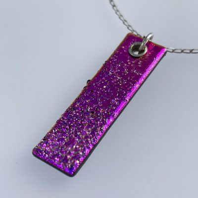 Gift shop – Hot pink pendant